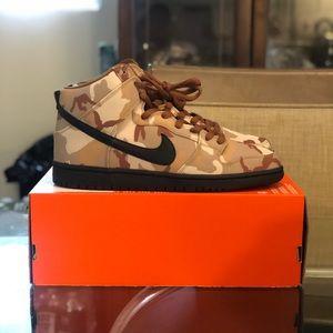 "SOLD!!!!! Nike Dunk High SB Pro ""Brown Camo"""
